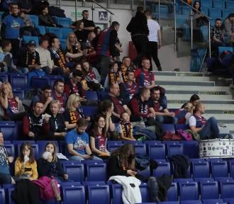 ZDJĘCIA KIBICÓW na meczu King Szczecin - Śląsk Wrocław