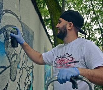 Graffiti w Bełchatowie. Wielkie malowanie na placu Narutowicza [ZDJĘCIA, FILM]