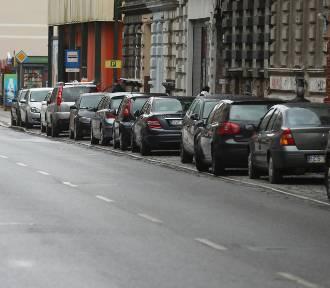 Gdzie można parkować za darmo w SPP w Szczecinie? Są (jeszcze) takie miejsca