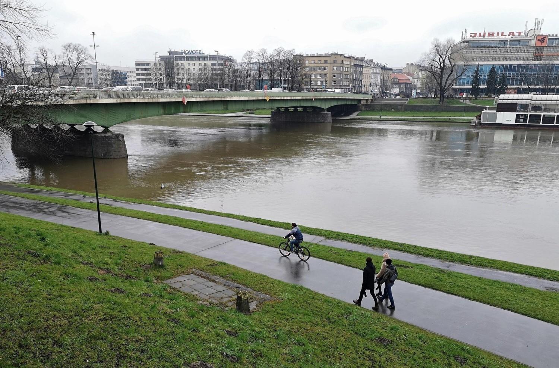 Od kilku dni w Krakowie mamy intensywne opady deszczu