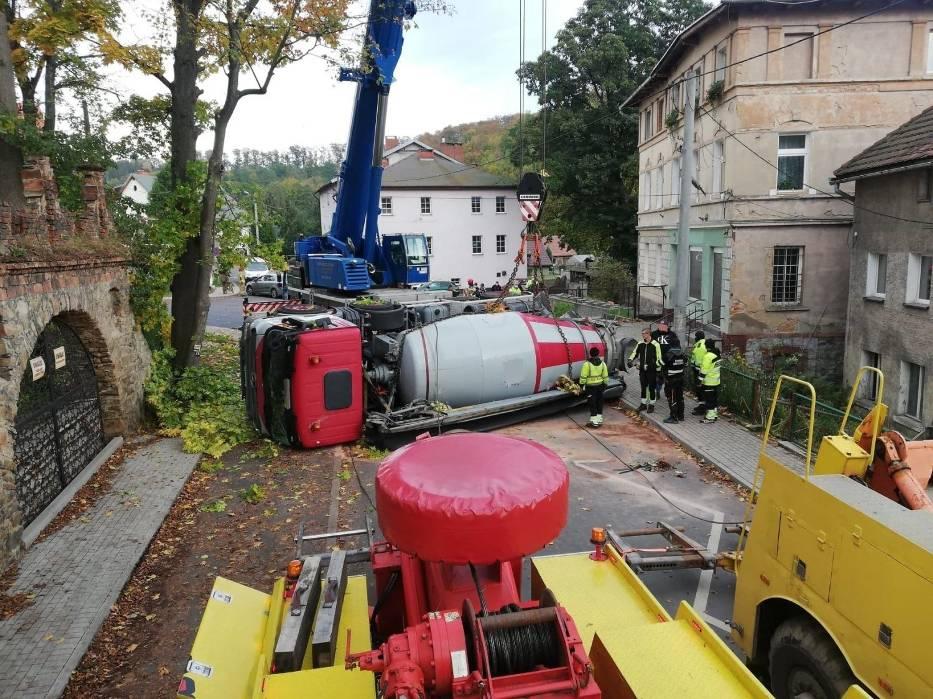 Wypadek  betoniarki w Janowicach Wielkich