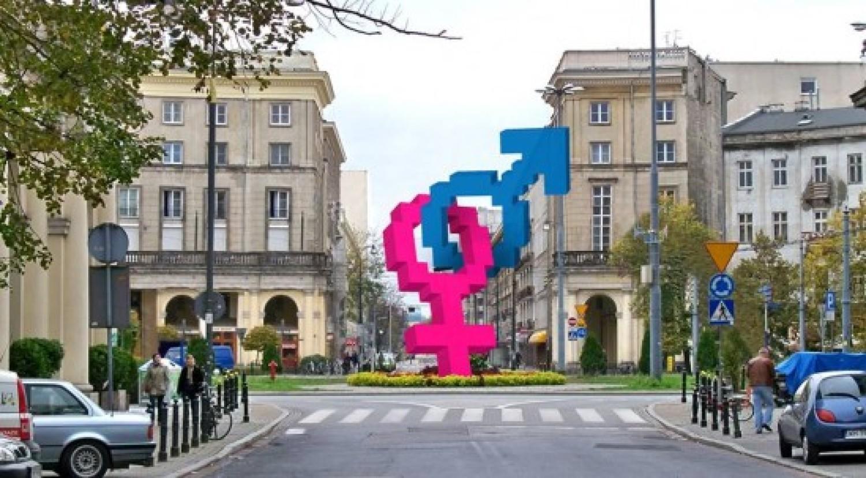 Symbol heteroseksualizmu na pl. Zbawiciela. Odpowiedź na tęczę?