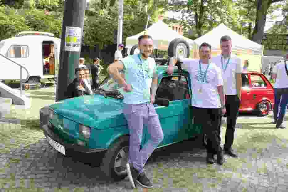 Rekordowa liczba Maluchów na zlocie w Łagowie