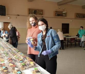 Sołectwo Kuźnica Skakawska zebrało blisko 9 tys. zł ze sprzedaży ciast. W ten weekend kolejne kiermasze[FOTO]