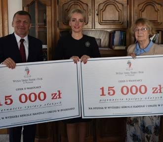15 tysięcy stypendium dla uczniów ze szkół średnich w powiecie