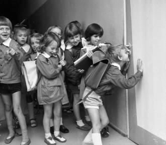 Koniec roku szkolnego w PRL-u (zobacz stare zdjęcia)