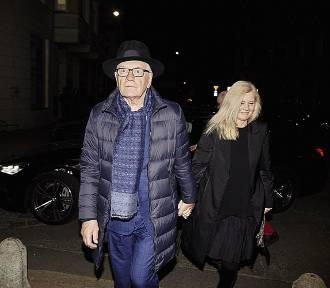 """Andrzej Seweryn i Tomasz Karolak z nagrodami. Obaj panowie dostali """"Szczeniaki"""" [DUŻO ZDJĘĆ]"""