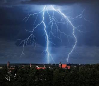 Burze, deszcz i silny wiatr w Brodnicy. Uważajcie