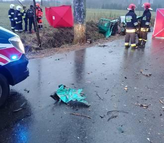 Tragedia na drodze z Łubna do Łobzowa. Nie żyją dwie osoby (zdjęcia)
