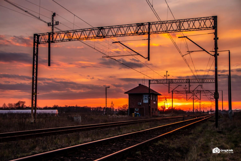 Tory kolejowe i nastawnia w Radliczycach