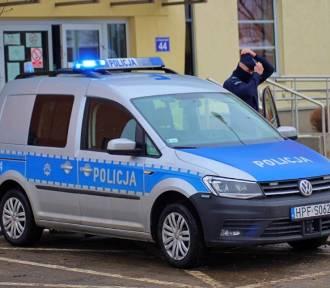 Tomaszowscy policjanci pouczają i chorują. Trwa protest służb mundurowych