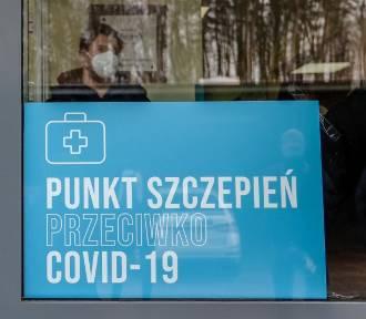 Znikające punkty szczepień w Małopolsce. Do województwa dotrze mniej szczepionek