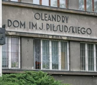 Kraków. Niekończący się proces odzyskiwania Oleandrów. Uzurpatorzy górą