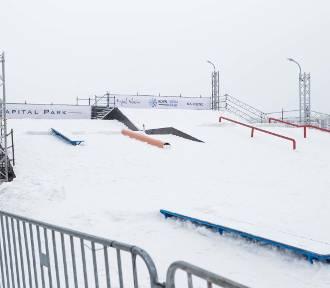 Snowpark ze sztucznym śniegiem w Wilanowie. Wejście za darmo! [ZDJĘCIA]
