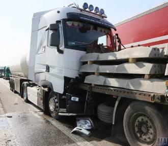 Zderzenie ciężarówek i aut osobowych na obwodnicy Opola