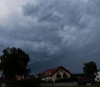 Burza na Kujawach i Pomorzu. Ostrzeżenia IMGW [zdjęcia]