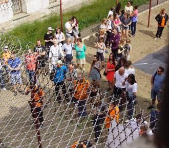 Galeria Bezdomna zagościła w kaliskim więzieniu [FOTO, WIDEO]