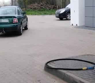 Kierowca wyrwał wąż LPG z dystrybutora!