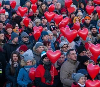Bydgoszcz murem za Owsiakiem. Wielkie serce na Wyspie Młyńskiej [zdjęcia]