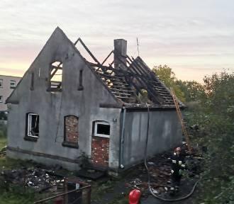 Spłonął dom mieszkalny w Szropach. Na szczęście nikt nie odniósl obrażeń