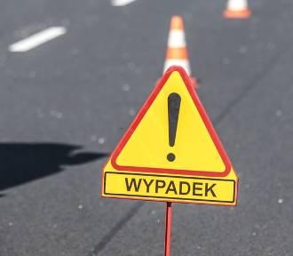 Kierowca audi uderzył w motocyklistę na drodze z Lubięcina do Lipin