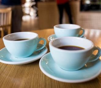 Tańsza kawa i deser w Warszawie. Wszystko z okazji święta.. mleka