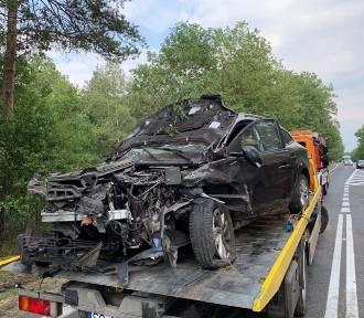 Zderzenie dwóch samochodów osobowych koło Walidróg