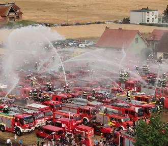 XI Fire Truck Show ponad 172 samochody pożarnicze brały udział .