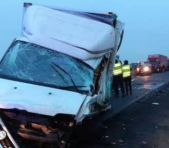 Wypadek w Radomsku. Na DK 42 zginął kierowca ducato w powiatu pajęczańskiego [ZDJĘCIA