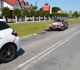 Zderzenie trzech pojazdów w Wiązownicy. Jedna osoba w szpitalu