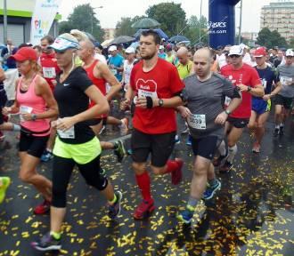 Kibicuj biegaczom na nowej trasie