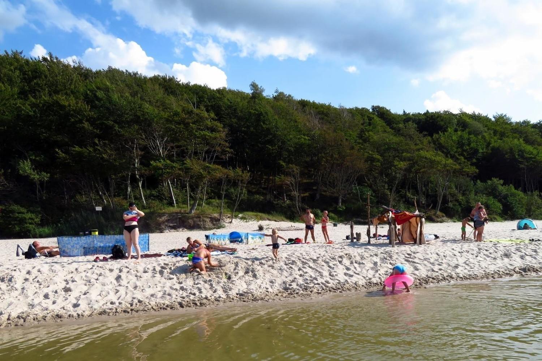 Na wszystkich polskich plażach panuje tłok, nawet w tych tzw