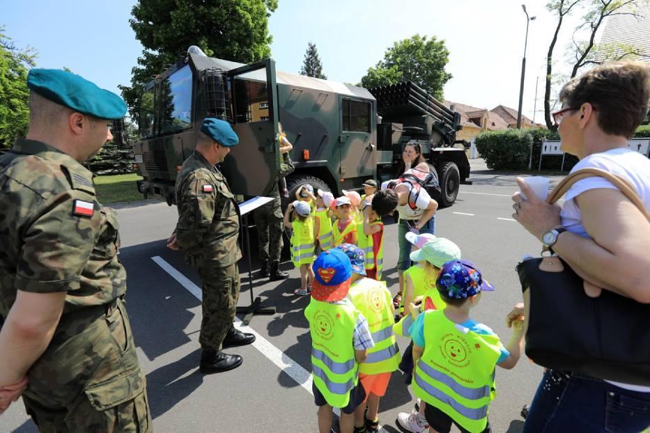 Dzień Otwartych Koszar w Centrum Szkolenia Artylerii i Uzbrojenia w Toruniu [ZDJĘCIA]