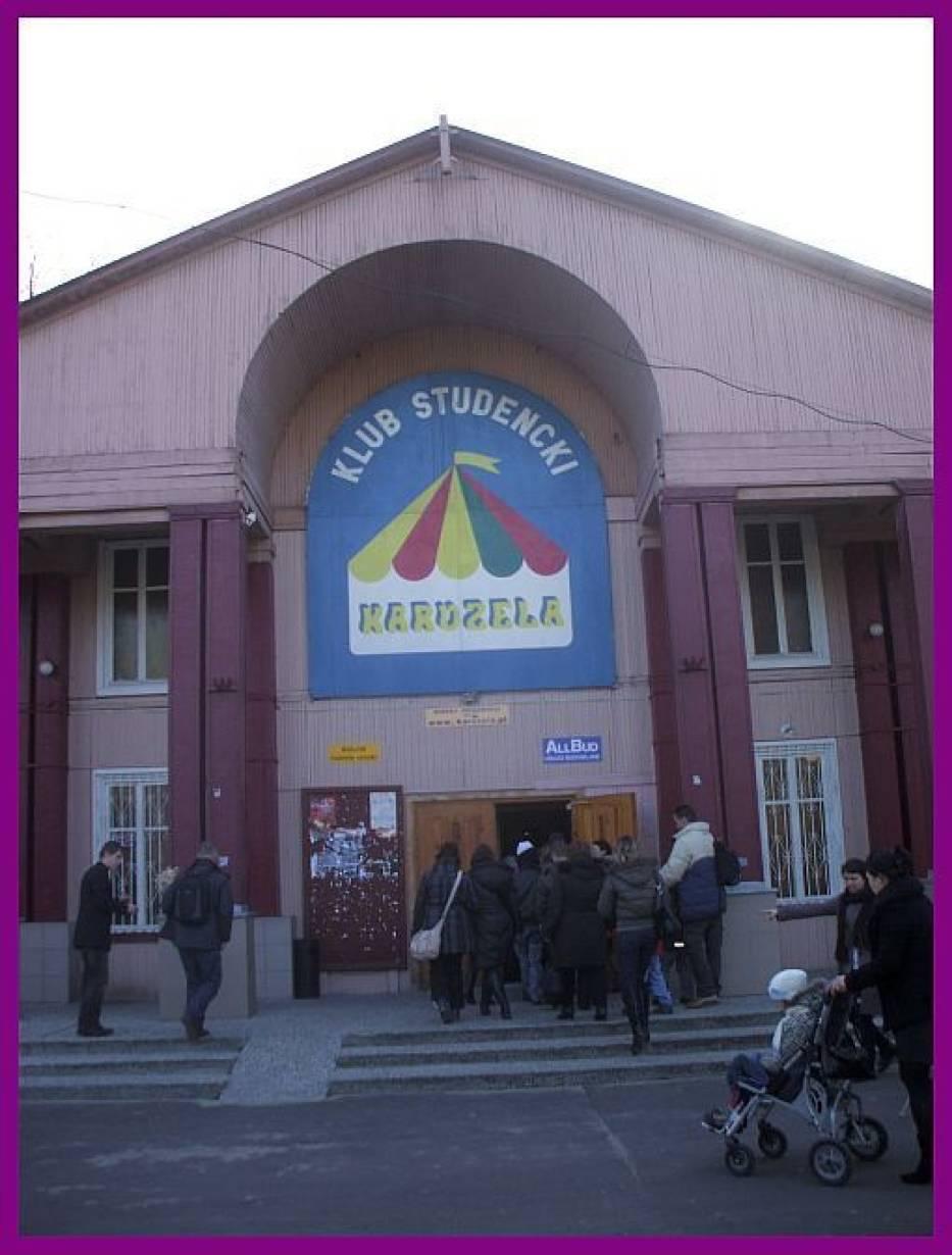 """Klub studencki """"Karuzela"""" w Warszawie"""