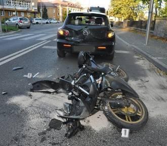 15-letnia motocyklistka wjechała w tył jadącego przed nią auta
