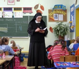Większość uczniów w Łodzi rezygnuje z religii