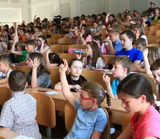 Zakończenie semestru letniego Łódzkiego Uniwersytetu Dziecięcego na Politechnice [ZDJĘCIA]