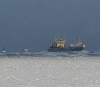 To ostatnie chwile, by zobaczyć zamarznięty Bałtyk na plaży w Świnoujściu