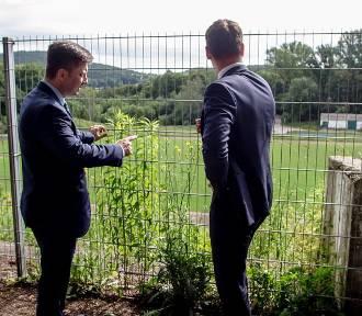 Wałbrzych: Michał Dworczyk, szef Kancelarii Premiera deklaruje wsparcie dla obudowy stadionu