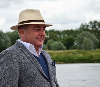 Robert Makłowicz odwiedził Gdynię. Był w Muzeum Emigracji i Orłowie