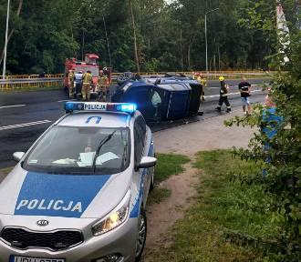 Wypadek w Ujściu. Dwoje dzieci w szpitalu