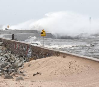 Uwaga na silny wiatr, nadchodzi sztorm! Prognoza pogody na najbliższe dni