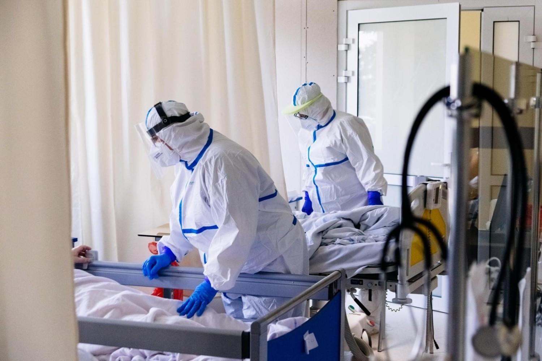 Koronawirus w Polsce cały czas  jest groźny