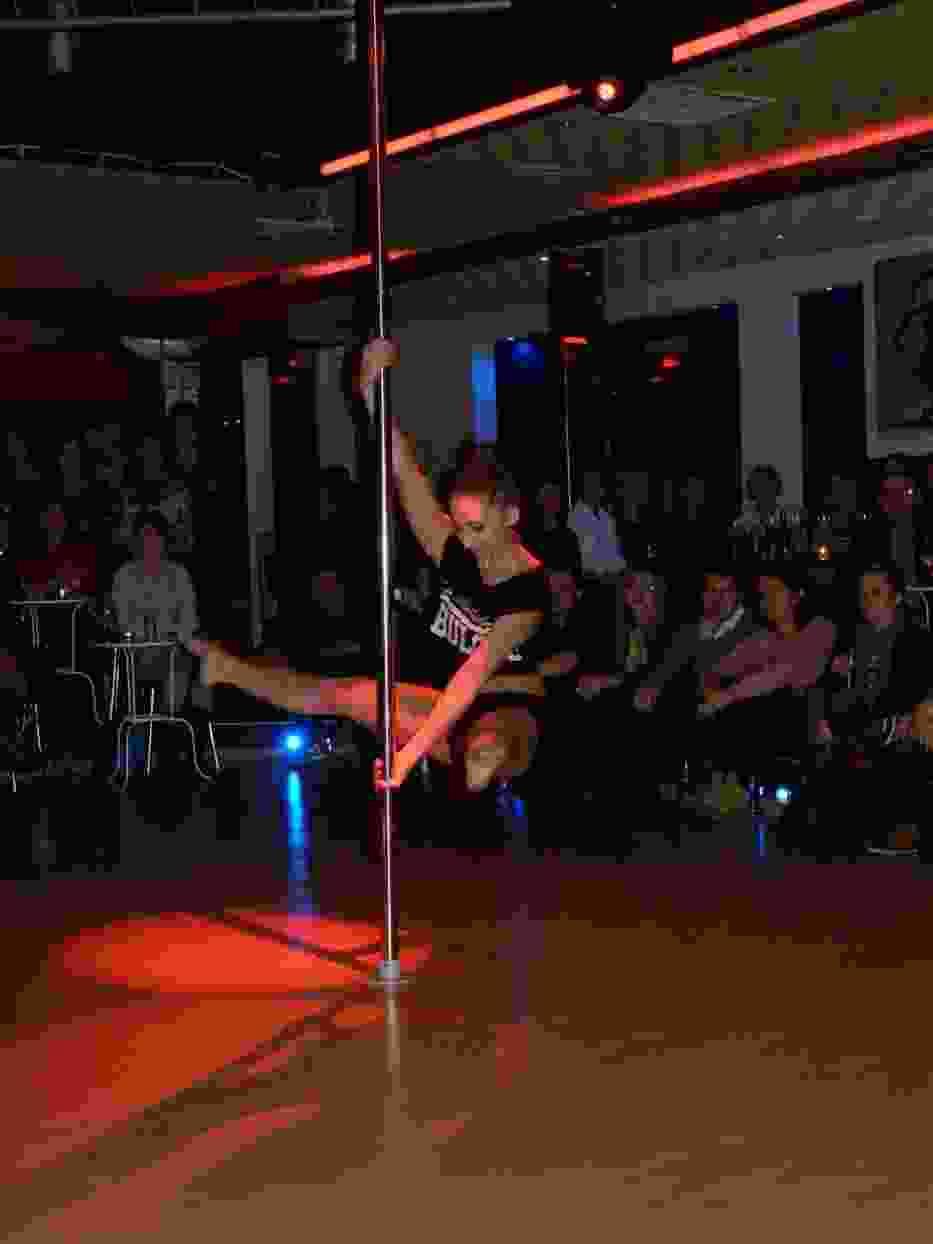 Wieczór z Arabesque i turniej Pole Dance