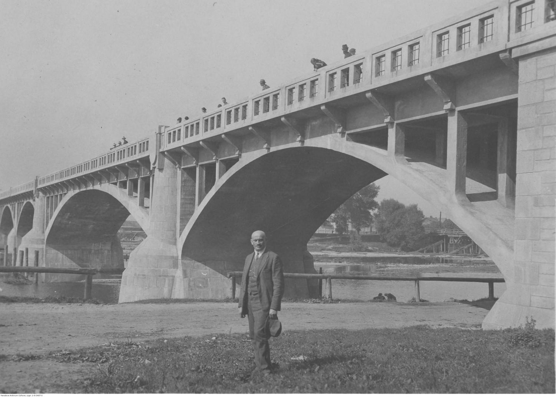 Most żelbetowy na rzece Sole w Oświęcimiu wybudowany w 1924 r