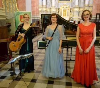 Koncert Finesis Trio w łaskiej kolegiacie [zdjęcia]