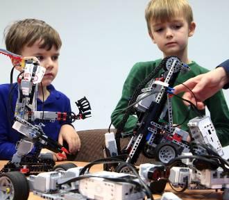 Robotyki uczyły się dzieci w marinie w Grudziądzu [zdjęcia]