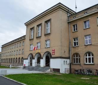 Urząd miejski w Nysie czeka odświeżenie elewacji