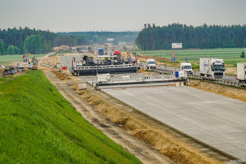 Budowa autostrady A1 Radomsko - granica woj. śląskiego.