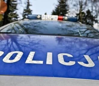 Wypadek na drodze Kraśnik-Annopol. Opel wpadł do rowu